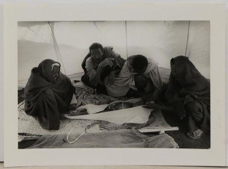 Фотографии Salgado - At the morgue at the El Fau camp