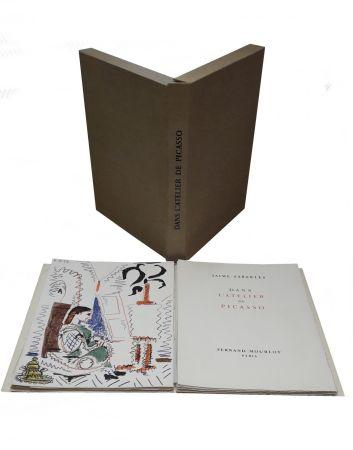 Иллюстрированная Книга Picasso - Dans L'atelier De Picasso