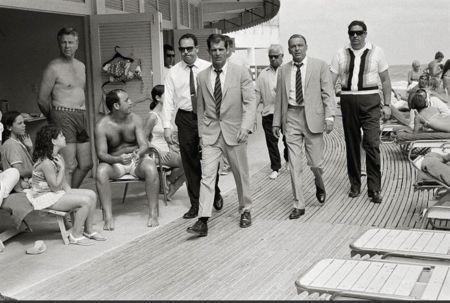 Фотографии O'neil - Frank Sinatra On the Board walk