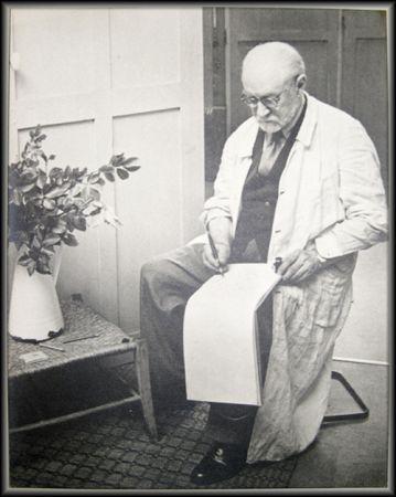 Фотографии Matisse - Henri Matisse Sketching