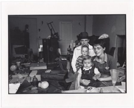 Многоэкземплярное Произведение Freed  - Joseph Beuys and his Family in his Home in Oberkassel