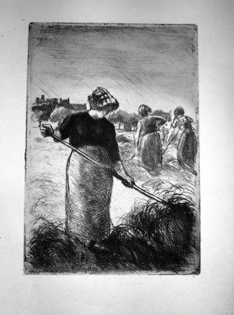 Офорт Pissarro - Le Faneuses