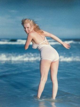 Фотографии De Dienes  - Marilyn Monroe. La Plage. 1949