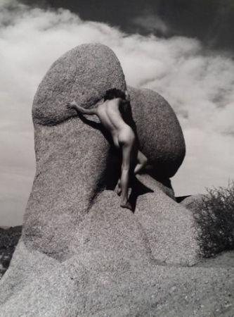 Фотографии De Dienes  - Nu sur le rocher