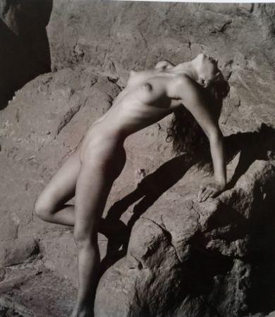 Фотографии De Dienes  - Nu sur les rochers