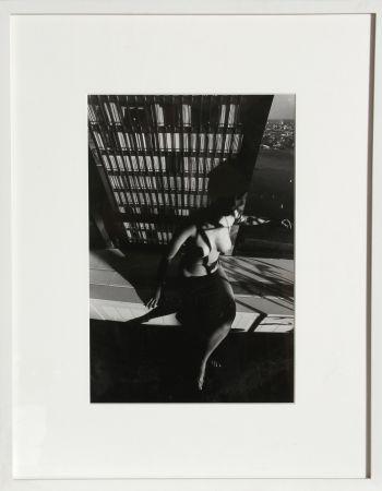 Фотографии Clergue - Nude on a Ledge