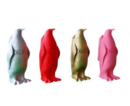 Многоэкземплярное Произведение Sweetlove - Small cloned penguin with water bottle