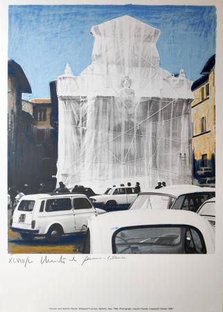 Многоэкземплярное Произведение Christo - Wrapped fountain Spoleto