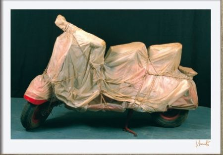 Литография Christo - Wrapped Vespa